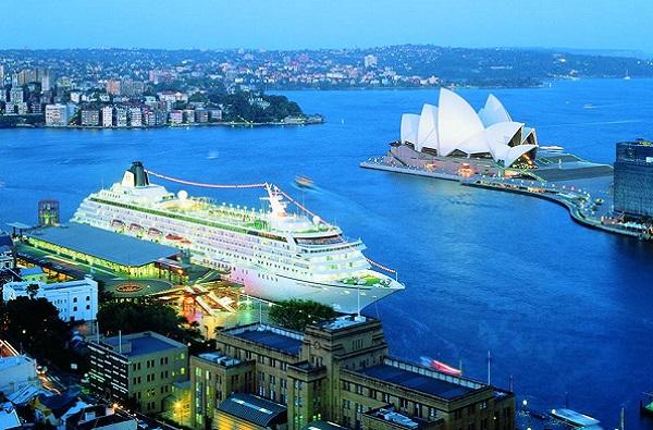 Australia 600